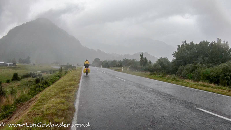 Rainy day leaving Franz Josef